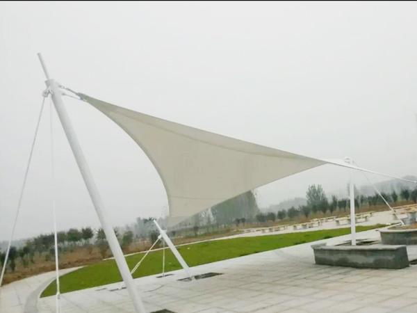 中牟瀚源工业园景观膜结构